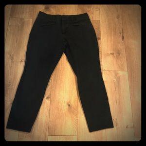 Gap size 8 black ankle pants